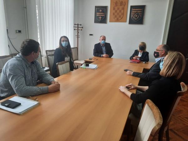 """Potpisivanje ugovora za opremanje nove zgrade Dječjeg vrtića """"Bistrac"""""""